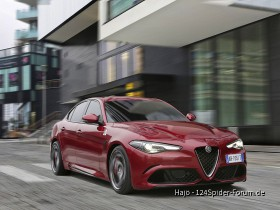 160510_Alfa-Romeo_Giulia-Quadrifoglio_25.jpg